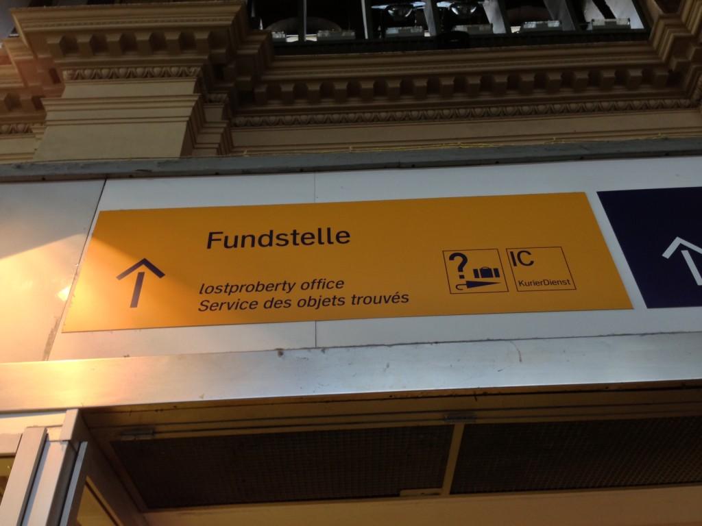 Fundstellenschild im Frankfurterbahnhof